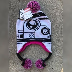 NEW WITH TAGS DISNEY STAR WARS BEANIE HAT